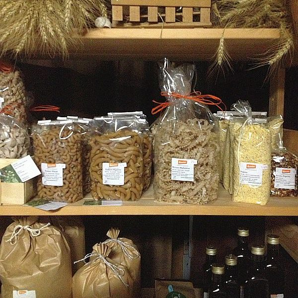 Teigwaren, Polenta und Leindotteröl vom Aspenhof